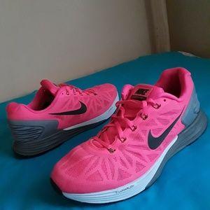 Women's Nike Lunarglide 5 Size 9.5